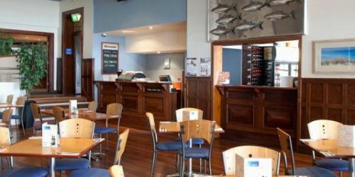 Pier Hotel Dining Gallery 6