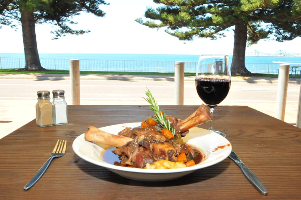 Pier Hotel Dining Port Lincoln